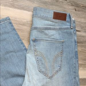 Hollister High Waisted Jeans Brand New